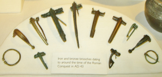 Display of Roman Brooches in Verulamium Museum