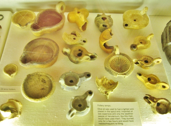 Display of Roman Oil Lamps in Verulamium Museum. Both Local and Imported Examples.