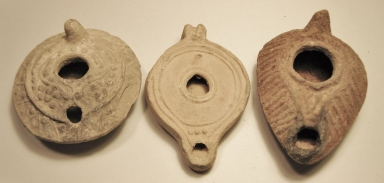 ancient oil lamps for sale, Biblical oil lamps for sale, Holy Land artifacts for sale