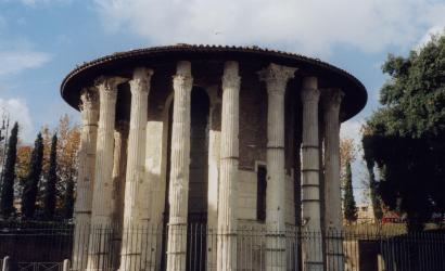 Temple of Hercules, Piazza della Bocca della Verita, Rome